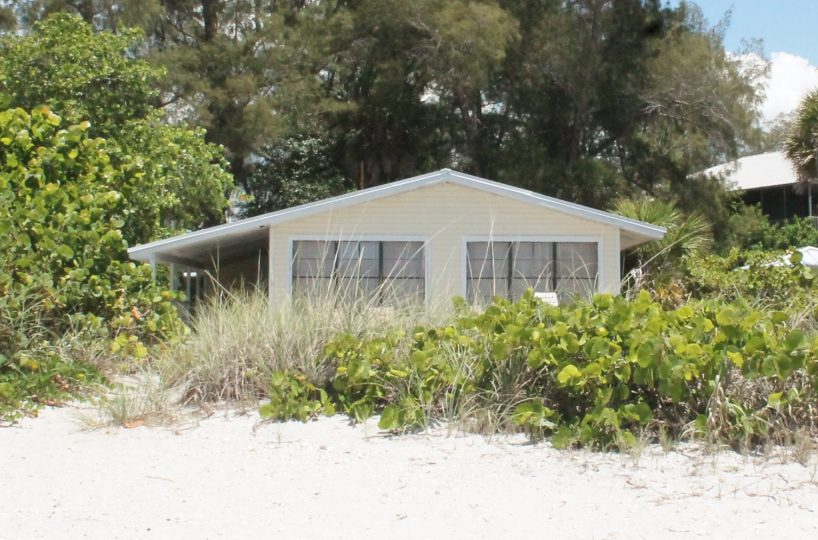 Beachfront Cottage on Little Gasparilla Island